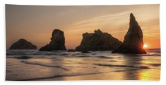 Face Rock Sunset Beach Towel