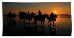 Face Rock Sunset Ride Beach Towel