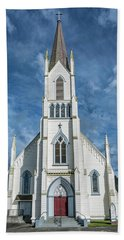 Beach Towel featuring the photograph Ferndale Catholic Church by Greg Nyquist