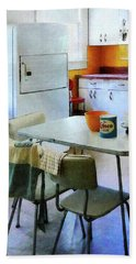 Fifties Kitchen Beach Sheet