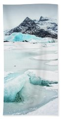 Fjallsarlon Glacier Lagoon Iceland In Winter Beach Sheet by Matthias Hauser