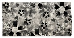 Flower Clown Pattern In Black Beach Sheet