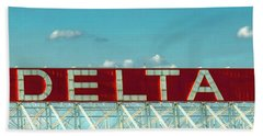 Fly Delta Jets Signage Hartsfield Jackson International Airport Atlanta Georgia Art Beach Towel