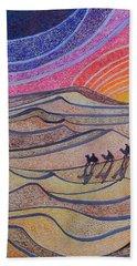 Follow The Star   Beach Towel