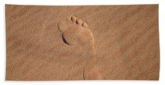 Footprint In The Sand Beach Towel