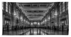 Frozen In Time B W Union Station Kansas City Missouri Art Beach Towel
