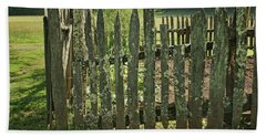 Beach Towel featuring the photograph Garden - Fence by Nikolyn McDonald