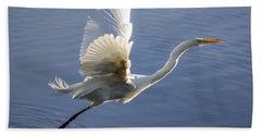 Great Egret Taking Flight Beach Towel