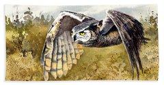 Great Horned Owl In Flight Beach Sheet by Sam Sidders