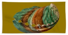 Green And Brown Shell Transparency Beach Towel
