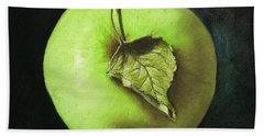 Green Apple With Leaf Beach Towel