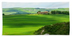 Green Escape In Tuscany Beach Towel