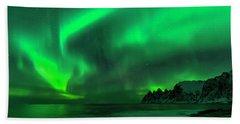 Green Skies At Night Beach Sheet