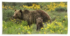 Grizzlies In The Wildflowers Beach Sheet