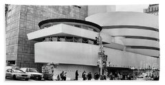 Guggenheim Museum Nyc Bw Beach Sheet