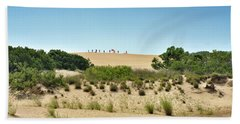 Hang Gliders On Jockey's Ridge Beach Towel