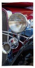 Headlight And Horn Beach Sheet by Arthur Dodd