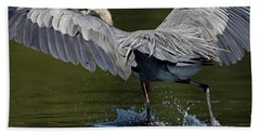 Beach Towel featuring the photograph Heron On The Run by Sue Harper