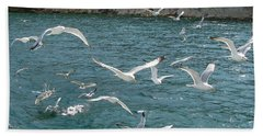 Herring Gulls At Pictured Rocks Beach Towel