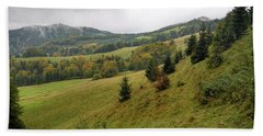 Highlands Landscape In Pieniny Beach Towel