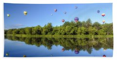 Quechee Balloon Fest Reflections Beach Towel