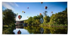 Hot Air Balloons In Queechee 2015 Beach Sheet