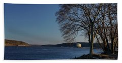 Hudson River With Lighthouse Beach Sheet
