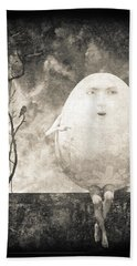 Humpty Dumpty Beach Towel