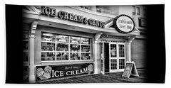 Ice Cream And Candy Shop At The Boardwalk - Jersey Shore Beach Sheet