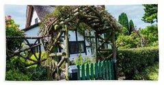 Idyllic Holly Trees Cottage Beach Sheet