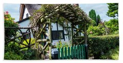 Idyllic Holly Trees Cottage Beach Towel
