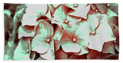 Inflorescences Beach Towel
