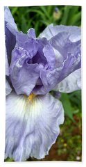 Iris Up Close Beach Towel