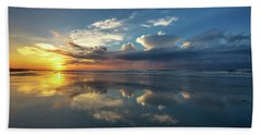 Isle Of Palms Sunrise Reflection Beach Towel