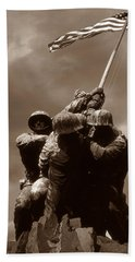 Iwo Jima War Memorial Washington Beach Towel