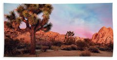 Joshua Tree With Dawn's Early Light Beach Towel