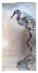 Juvenile Heron Beach Sheet by Cyndy Doty