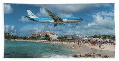K L M A330 Landing At Sxm Beach Towel