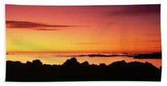 Kaikoura Sunrise, New Zealand. Beach Towel