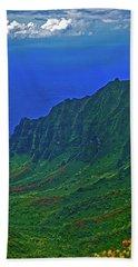 Kauai  Napali Coast State Wilderness Park Beach Sheet by Tom Jelen