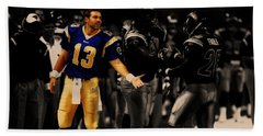 Kurt Warner Giving Dap Beach Sheet by Brian Reaves