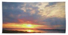 Lake Oahe Pierre Sd Beach Towel