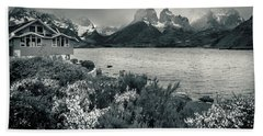 Beach Towel featuring the photograph Lake Pehoe In Black And White by Andrew Matwijec