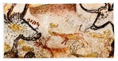 Lascaux Hall Of The Bulls - Deer Between Aurochs Beach Towel