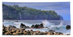 Beach Towel featuring the photograph Laupahoehoe Point by DJ Florek