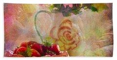 Les Fraises Et Les Fleurs 2015 Beach Sheet