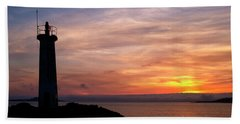 Beach Towel featuring the photograph Lighthouse by Fabrizio Troiani