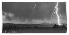 Lightning Striking Longs Peak Foothills 5bw Beach Towel