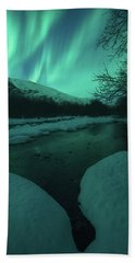 Lights Above Kjellerkampen Beach Towel