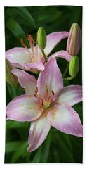Lilies And Raindrops Beach Towel